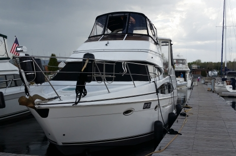 2002 Carver 346 Motor Yacht - FRESH WATER ONLY