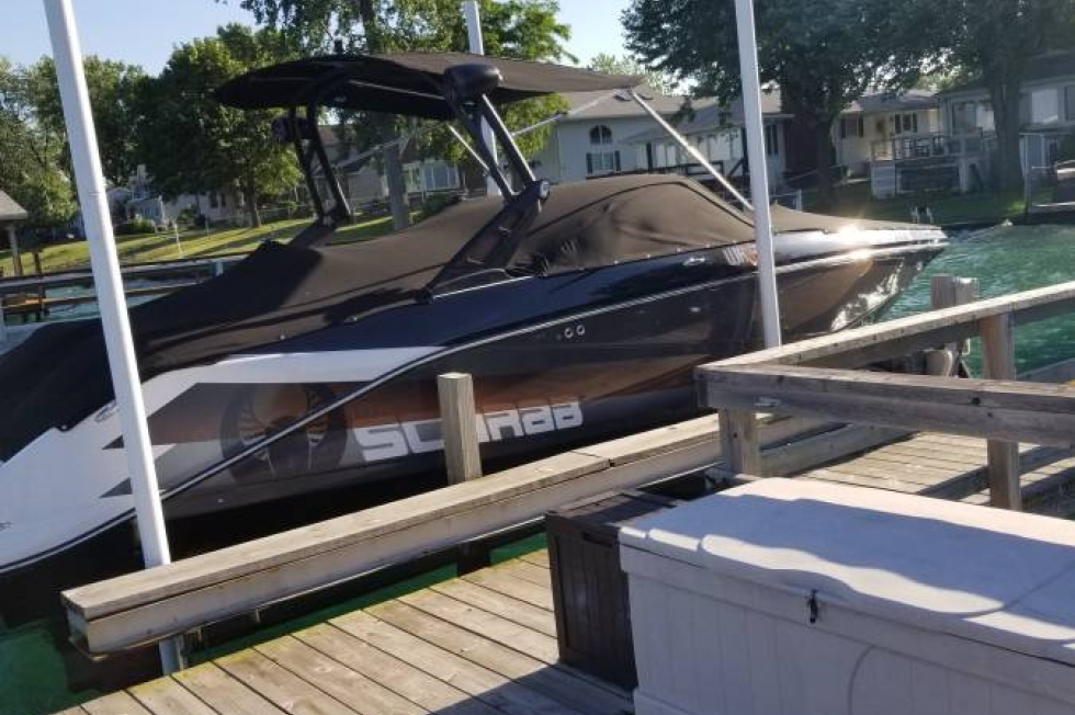 2017 Scarab 255 Impulse HO