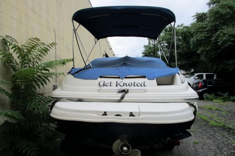 2002 Sea Ray 240 Sundeck